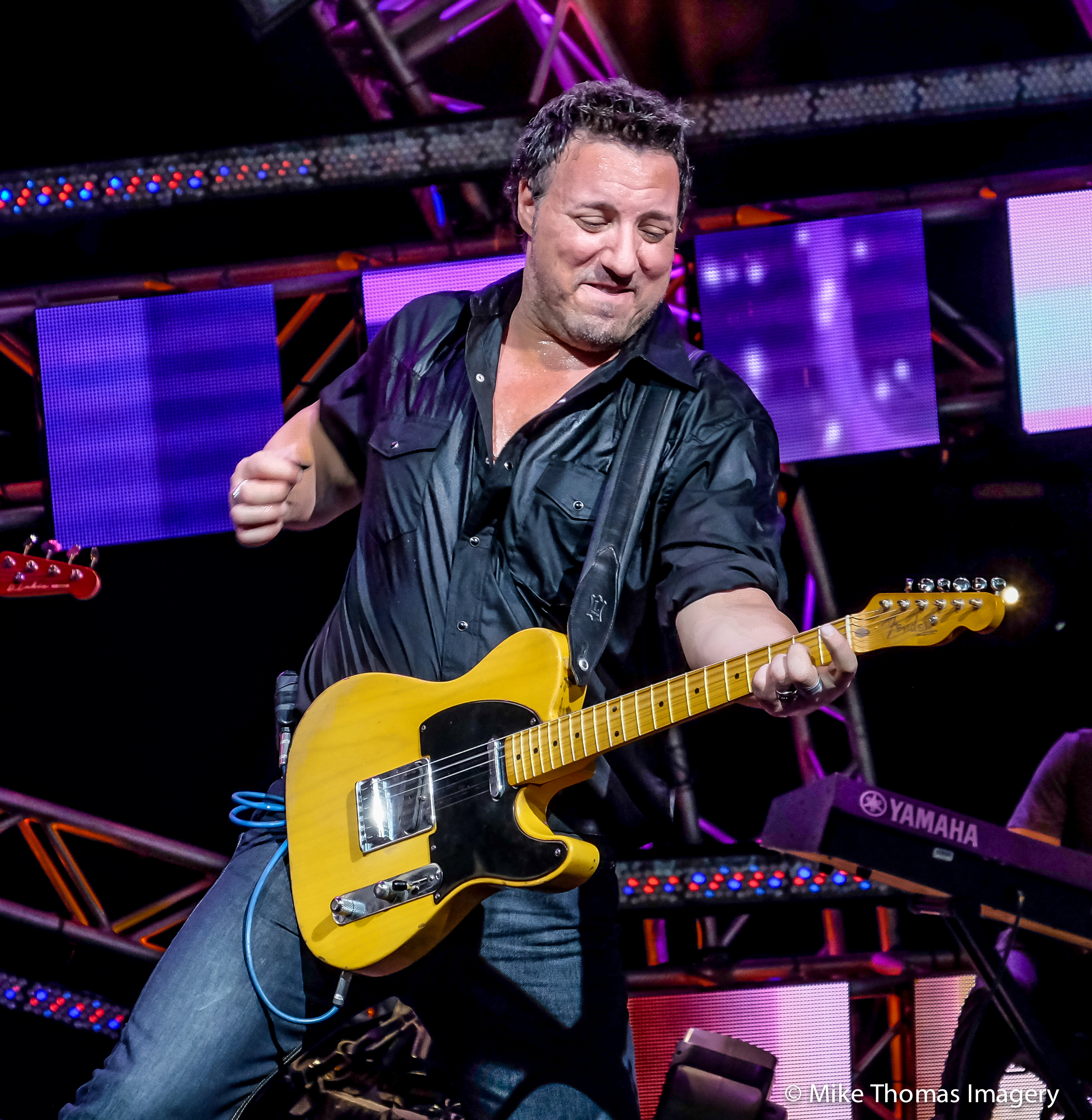 bruce springsteen, epcot, disney, american gardens theater,