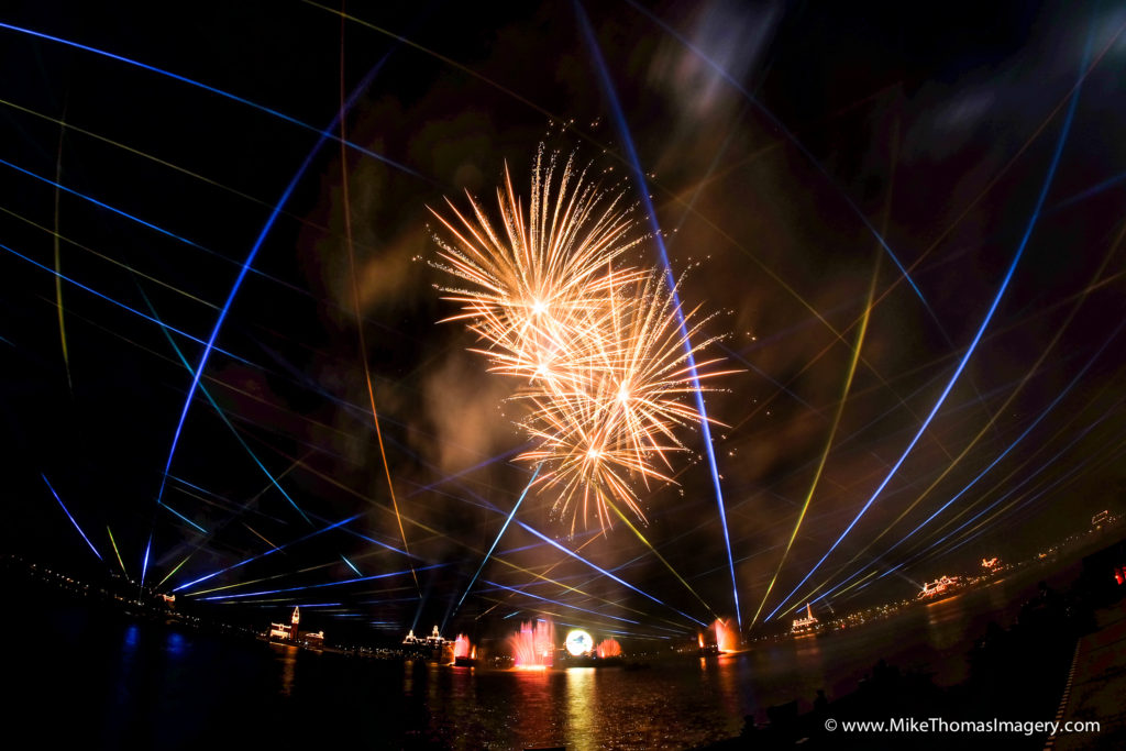 disney, epcot, illuminations, reflections of earth, fireworks, pyrotechnics, lasers