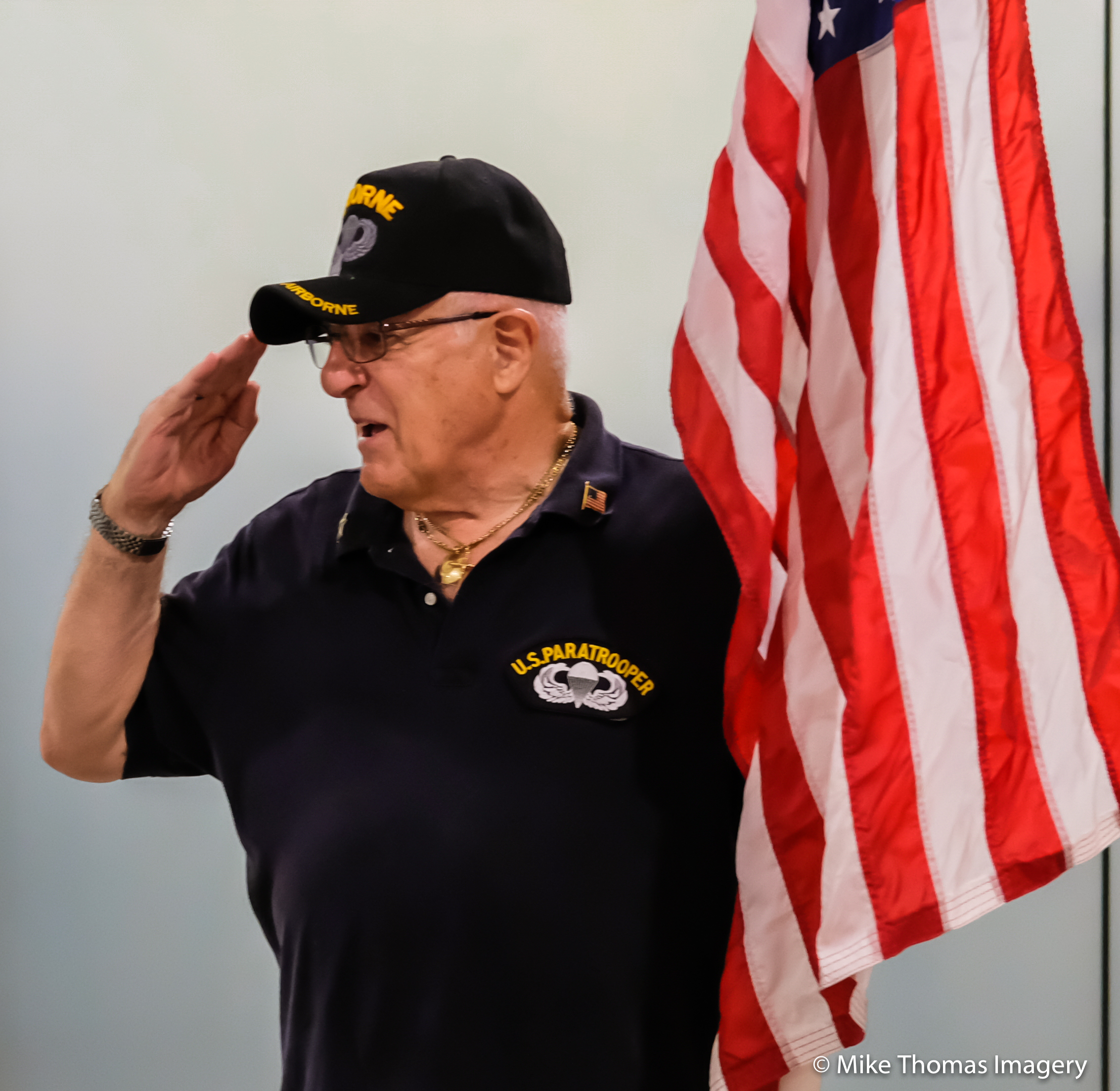 honor flight, military, united states, america, army, navy, marines, air force, coast guard, we, korean war, vietnam, flags